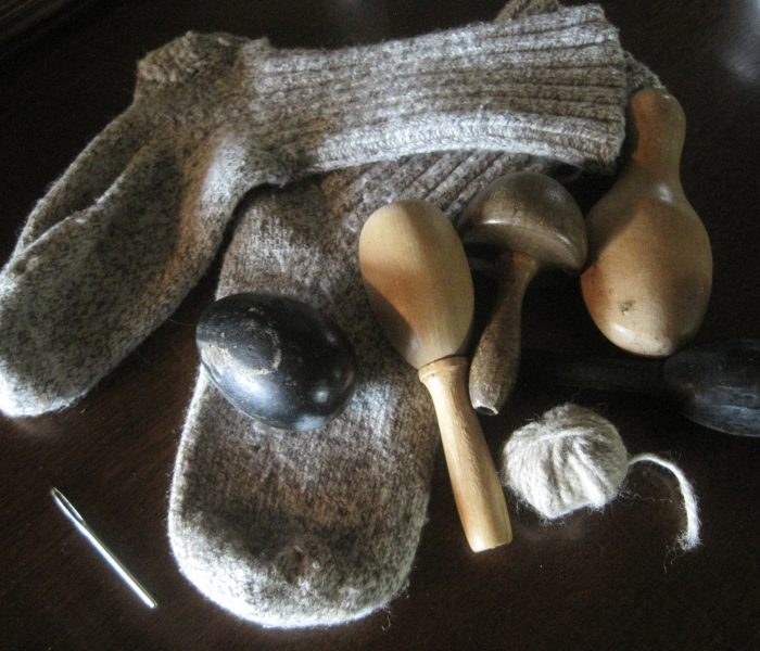 DARNING SOCKS | How to Darn Wool Socks