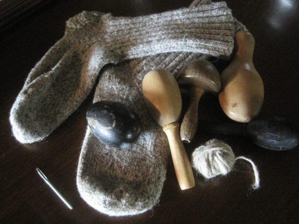 DARNING SOCKS | How to Darn Wool Socks