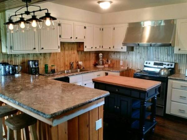 Farmhouse-style kitchen remodel ideas