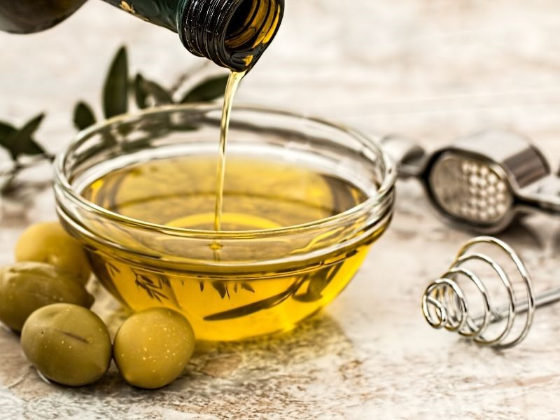 7 Best Healthy Cooking Oils You Should Include in Your Diet